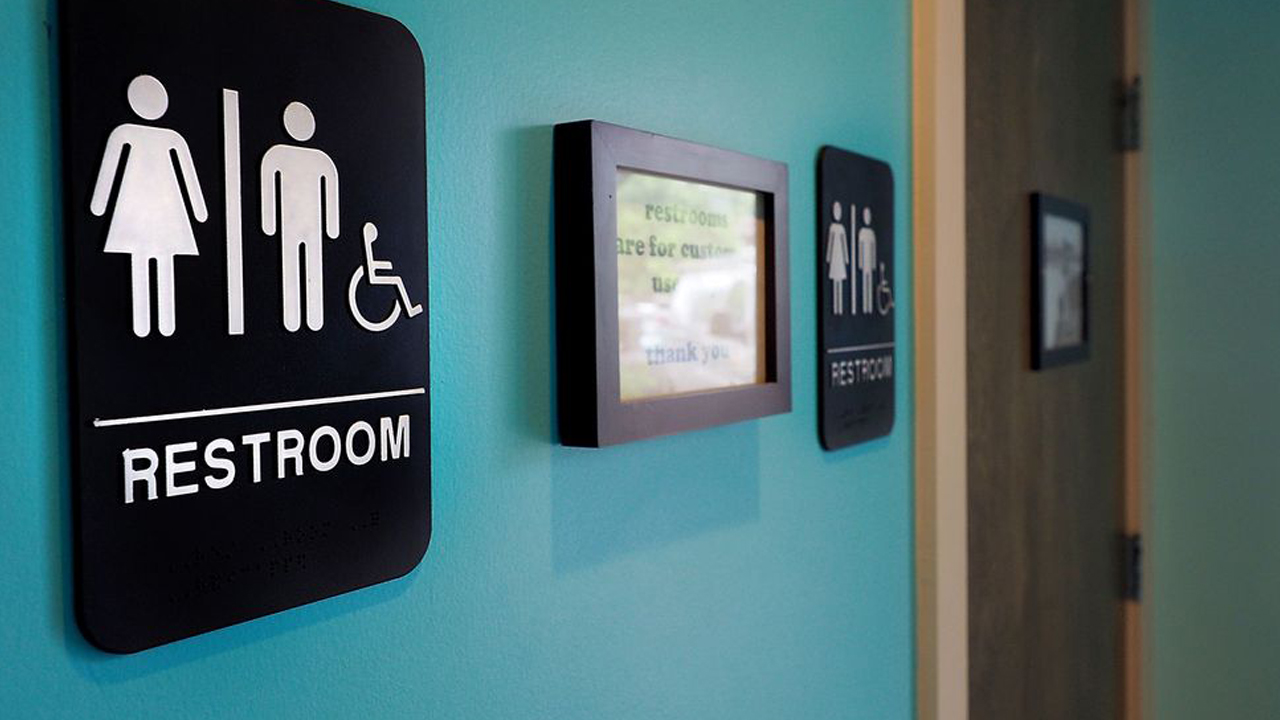 Tech companies join challenge on transgender bathroom rules