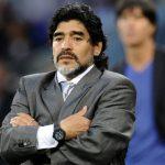 Maradona offers to coach Argentina for free