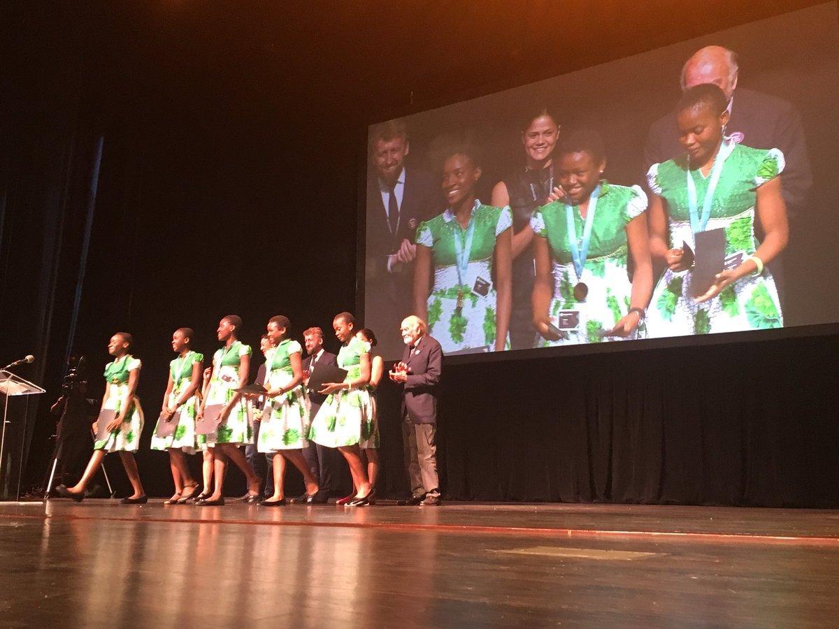 Osinbajo lauds Nigerian girls' victory at World Technovation Pitch